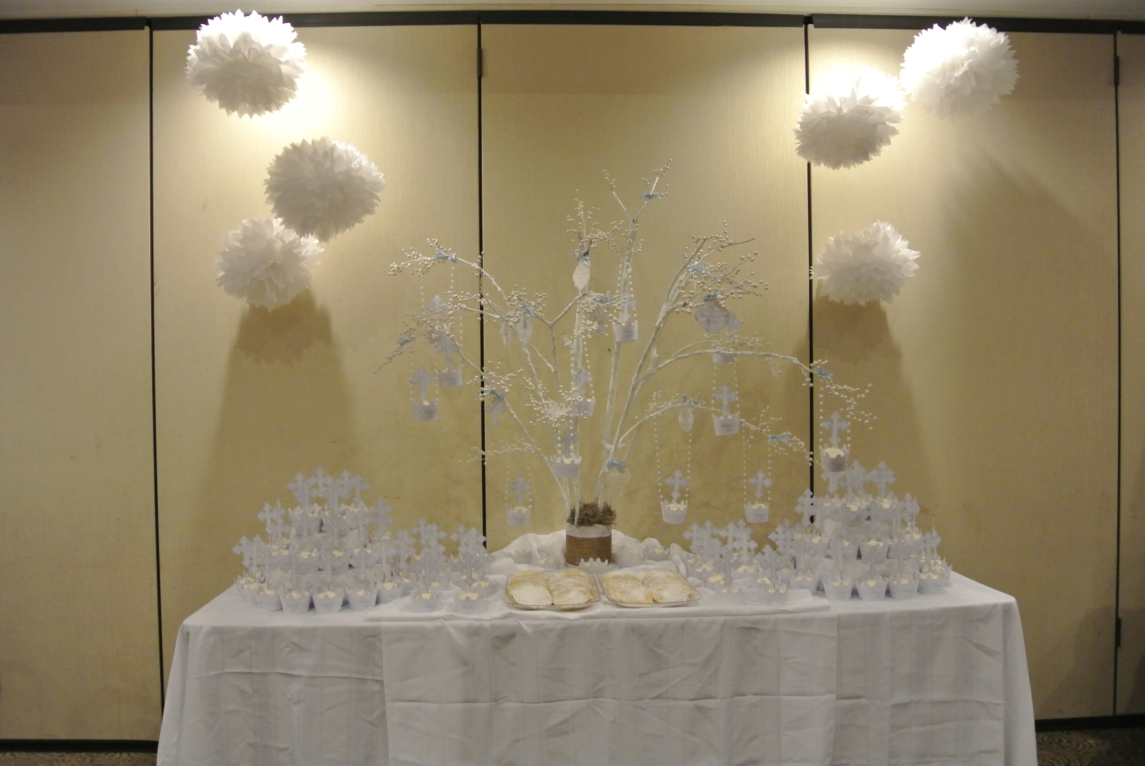 Baby baptism decorations best baby decoration - Simple baptism centerpieces ...